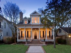 Colonial house plan interior and exterior design - Home & DIY Style At Home, Future House, Modular Home Builders, Villa Plan, Southern Homes, Southern Charm, Southern Nights, Southern Accents, Southern Porches