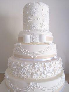 Amazing Wedding Cakes | Wedding Cake Makers in Warwickshire : The Shire Wedding…