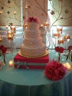 Wedding Cake Stands and Cupcake Stands I wish this link worked but its a SUPER CUTE IDEA