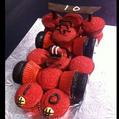<b>Go Kart</b> party <b>cake</b>! | FLAT cupcake displays | Pinterest