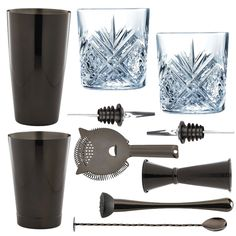 <strong>10 Piece Gun Metal Cocktail Set With Cocktail Old Fashioned Glasses in Presentation Box </strong>- All the tools for the job to make shake andstir your way to cocktail heaven. Ideal for cocktail novices and experts alike. This cocktail set is the perfect starting kitfor all cocktail lovers. This is a stylish and elegant addition to any bar or home and makes a fabulous gift for all keen mixologists.