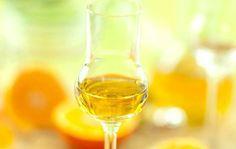 Un #liquore deliziosamente profumato agli #agrumi! Perfetto da gustare durante le lunghe e fredde serate invernali! #Liquore ai 4 #agrumi