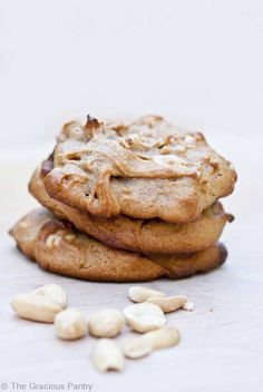 Clean Eating Peanut Butter Cookies by The Gracious Pantry. I think these are the best PB cookies I have ever made and eaten Real Food Recipes, Cookie Recipes, Dessert Recipes, Yummy Food, Healthy Sweets, Healthy Snacks, Healthy Eating, Healthy Cake, Peanut Butter Cookie Recipe
