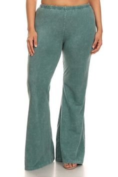 This washed emerald color is amazing! Soft wide leg pant with elastic waste. Other colors also available in plus and regular sizes.