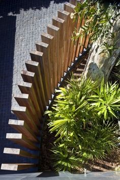 Awesome And Best Fence Design Ideas With Wooden Fence Design Ideas For Decorating Your Home Exterior Wooden Fences With Plants For Decoration Your Home Backyard Privacy, Backyard Fences, Garden Fencing, Garden Landscaping, Pool Fence, Garden Privacy, Diy Garden, Garden Stairs, Outdoor Privacy