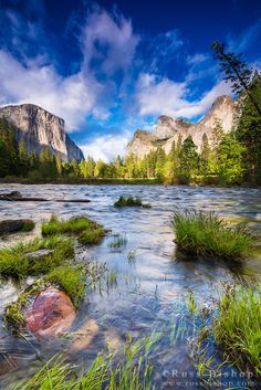 Gates of the Valley, Yosemite National Park, California USA / © Russ Bishop ~ Click image to purchase a print or license