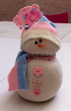 Boneco de neve, feito com meias!