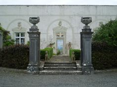 A grand entrance to start your grand stay at Loughcrew, Oldcastle, County Meath