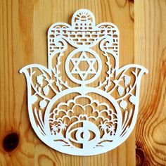 Hey, I found this really awesome Etsy listing at https://www.etsy.com/listing/155644720/papercut-hamsa