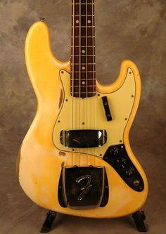 Fender Jazz Bass, Bass Guitars, Vintage Bass, Vintage Guitars, Fender Bender, Leo Fender, Musical Instruments, Electric, Instruments