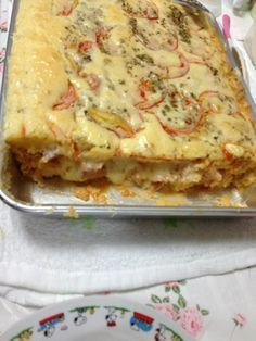 Dough: 5 eggs 2 cups milk and cup oil 1 tablespoon baking powder 2 cups… Brazillian Food, Kids Meals, Easy Meals, Good Food, Yummy Food, Portuguese Recipes, Pain, Food And Drink, Cooking Recipes