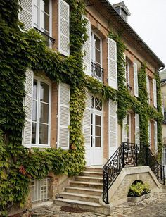 Hotel du Marc's Traditional Exterior - With its vines and white shutters, the Hotel du Marc boasts picturesque curb appeal.