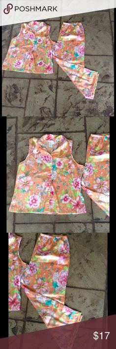 2 PIECE PAJAMA PJ LOUNGE SET FLORAL Brand new pj set. Gorgeous and silky comfy soft. Size XL 🌹❤️🌹❤️ It's beautiful and perfect for spring or summertime. Intimates & Sleepwear Pajamas