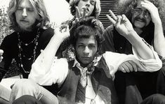 Psychedelic Rock Group Love, with frontman Arthur Lee, front and center - OldSchoolCool Prince Arthur, Jimi Hendrix Experience, 60s Music, Barbarella, Thing 1, Love Band, Psychedelic Rock, Live Rock, Rock Groups