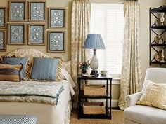 I have always loved Atlanta interior designer Jacquelynne aka Jackye Lanham's style.  I love her use of fine antiques mixed with casual fabr... Blue Bedroom Colors, Blue Rooms, Bedroom Color Schemes, Colour Schemes, Color Combinations, Cote De Texas, Beautiful Bedrooms, Amazing Bedrooms, Guest Bedrooms