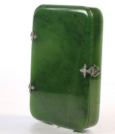 A nephrite jade and diamond box : Lot 0116 Bohemia Jewelry, Jade Jewelry, Sterling Silver Jewelry, Antique Jewelry, Compact, Jade Dragon, Antique Boxes, Stone Carving, Shades Of Green