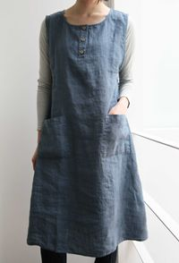 thinking something like this with patch pockets of a contrasting print and maybe contrast bias binding?