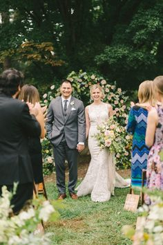 Micro weddings are becoming increasingly popular—here's how to tell if hosting one is right for you. Wedding Reception Design, Wedding Card Design, Wedding Ceremony Decorations, Chapel Wedding, Wedding Dj, Elope Wedding, Luxury Wedding, Wedding Designs, Dream Wedding