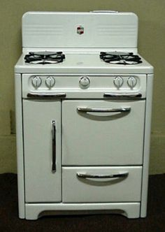 wedgewood gas stove mom had one of these