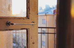 Finding the sunset  . . . #sunset #sunsetporn #sunset_madness #myhelsinki #helsinki #ig_helsinki #helsinkiofficial #visithelsinki #ourhelsinki #visitfinland #ig_finland #explorefinland #discoverfinland #ourfinland #thisisfinland #finland_photolovers #thebestoffinland #igersfinland #igscandinavia #nordicphotos #nordic #vallila