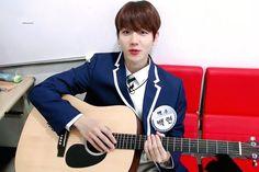Baekyeol, Baekhyun Chanyeol, Chanbaek, Role Models, Tv Shows, Wattpad, Singer, Berry, Idol