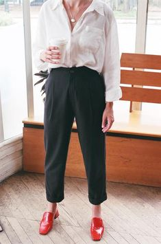 office outfits for young professionals Office Outfits For Ladies, Summer Work Outfits, Office Attire, Cute Office Outfits, Casual Office, Office Chic, Office Style, Womens Fashion Online, Latest Fashion For Women