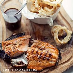 Fillets of salmon with Jack Daniel's glaze and onion rings. Next week' gourmet meal with Heather and Lou! Fish Recipes, Seafood Recipes, Great Recipes, Cooking Recipes, Favorite Recipes, Onion Recipes, Cooking Food, Cooking Tips, Recipies
