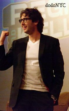 """Josh Groban"""" Sorry it took me forever just met this AMAZING woman back there!!!"""" *Hint* IT'S ME!!!! :}"""