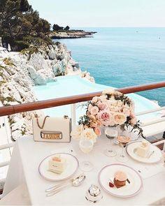 Hotel Cap-Eden-Roc www.hotel-du-cap -… - just luxus Oh The Places You'll Go, Places To Travel, Places To Visit, Travel Destinations, Ohh Couture, Juan Les Pins, Villefranche Sur Mer, Miss Dior, Photos Tumblr