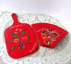 Norwegian Cutting Board Plaque Kitchen Red Holder Wall Hanging Artwork. $14.00, via Etsy.