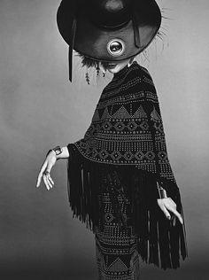 April 2016 x Catherine Baba Mario Testino Vogue Australie