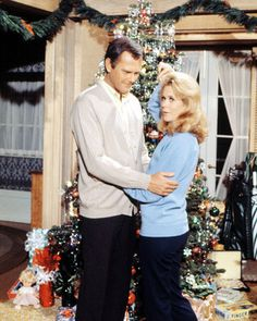 I loved the Christmas episodes... Christmas Episodes, Christmas Shows, Christmas Past, Vintage Christmas, Christmas Specials, Christmas Stuff, Christmas Holidays, Agnes Moorehead, Bewitched Tv Show