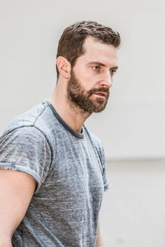 More Richard Armitage in rehearsal for The Crucible