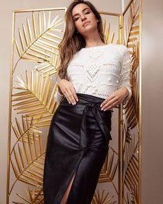 """Phuket on Instagram: """"El clásico look en blanco y negro que nunca falla. Consigue ambas prendas en nuestra sección de New Arrivals 🤩 @phuketmoda #fashiongram…"""""""