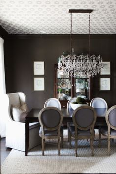 Discover recipes, home ideas, style inspiration and other ideas to try. Dining Room Wallpaper, Wallpaper Ceiling, Dining Room Paint, Nursery Wallpaper, Bathroom Wallpaper, Dining Room Design, Dining Rooms, Gold Star Wallpaper, Of Wallpaper