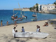 The protected harbour beach at Mozambique Island is a popular place in the afternoon. Mozambique Beaches, Harbor Beach, East Africa, Beach Resorts, Europe, Island, Landscape, Places, Outdoor Decor