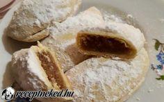 Puha, omlós hókifli recept Receptneked konyhájából - Receptneked.hu Doughnut, Camembert Cheese, Bread, Desserts, Food, Tailgate Desserts, Deserts, Brot, Essen