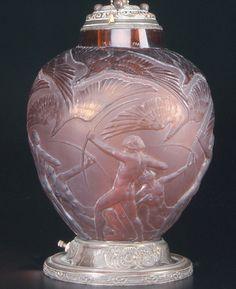 """208: R. LALIQUE Vase, """"Archers,"""" dark amber, c. 1921. D : Lot 208"""