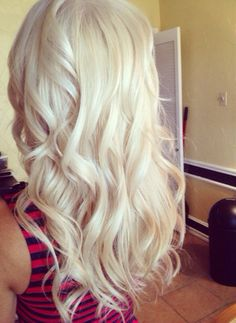 this is actually a very pretty light blonde. but i think i may be done with light blonde..