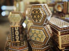 Isfahan Bazaar in central Iran - Geometrical designs can be seen frequently in the artistic handicrafts such as marquetry (khatamkari) as well as in the structure of historic buildings. Celtic Dragon, Celtic Art, Iran Pictures, Islamic Art Calligraphy, Calligraphy Alphabet, Persian Culture, Iranian Art, Islamic World, Magic Carpet