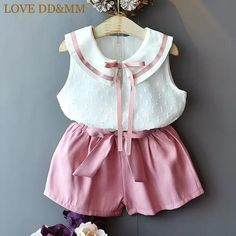 Cute Little Girl Dresses, Dresses Kids Girl, Kids Outfits Girls, Girl Outfits, Girls Frock Design, Kids Frocks Design, Baby Girl Fashion, Kids Fashion, Kids Dressy Clothes