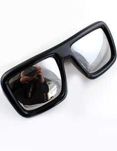 Black Lenses Sheer Rim Sunglasses US$11.60