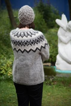 I love the lopapeysa Guðbjörg knit for me. Photo by Christopher Lewis Black And Grey, Gray, Lana, Knitted Hats, Turtle Neck, Wool, Knitting, My Love, Crochet