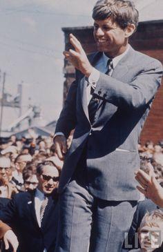 Senator, Robert Kennedy And Family Photographer:Bill Eppridge