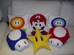 Cuscini Mario, stella, fiore, fungo