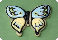 Cookie Decorating Tutorial –royal icing recipe General Tips & Butterfly Cookies Galletas Cookies, Iced Cookies, Sugar Cookies, Cookie Icing, Royal Icing Cookies, Cupcakes, Cupcake Cookies, Butterfly Cookies, Cookie Tutorials