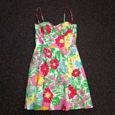 Lilly Pulitzer Dress Excellent condition, pattern is Garden by the Sea Lilly Pulitzer Dresses Mini