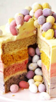 Ostern Ombré Pinata Torte Minimal Egg Ombre Pinata Layer Cake ~ Welcher Torte w. Yummy Treats, Sweet Treats, Yummy Food, Mini Eggs Cake, Easter Ham, Easter Party, Pinata Cake, Food Cakes, Easter Treats