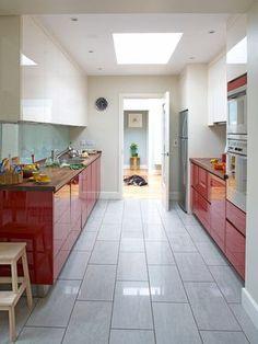cozinha-brance-e-vermelha-americana-1.jpg (550×734)
