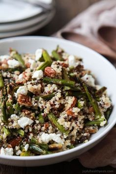 Creamy Goat Cheese Asparagus Quinoa Salad, loaded with delicious flavours your family will love. A quick easy gluten free recipe that makes a great lunch or side dish.